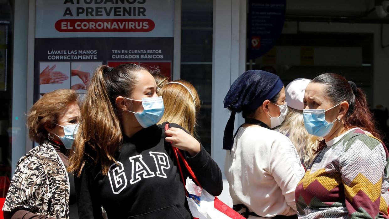 El pánico continúa Mujer quemó sus ahorros al tratar de desinfectarlos de coronaviruss
